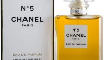 Chanel N° 5, il profumo delle dive, che viene dal passato ed è ancora attuale