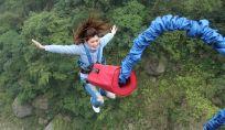 Bungee jumping: un salto nel vuoto.