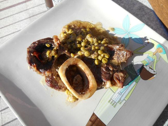 ossobuco con piselli la ricetta milanese - Come Cucinare Gli Ossibuchi Di Manzo