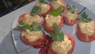 Pomodori Ripieni di Maionese