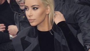 Kim Kardashian: da mora a bionda!