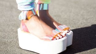 Sandali flatform per la primavera/estate 2015