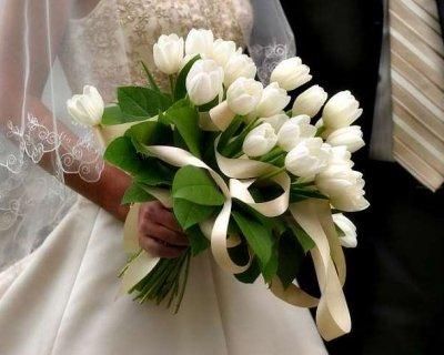 Bouquet Di Tulipani Per Sposa.Come Scegliere Il Bouquet Da Sposa