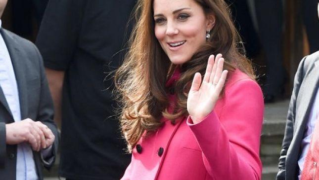 Kate Middleton rivela a un'amica: «Avremo una bambina»