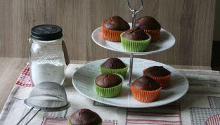 Muffin al cioccolato e ricotta, soffici dolcezze al cacao
