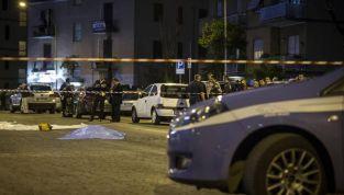 Roma: un'automobile in fuga dalla polizia travolge nove pedoni. Morta una donna