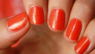 Estate 2015: le unghie si tingono di arancione!