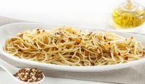 Spaghetti aglio olio e peperoncino