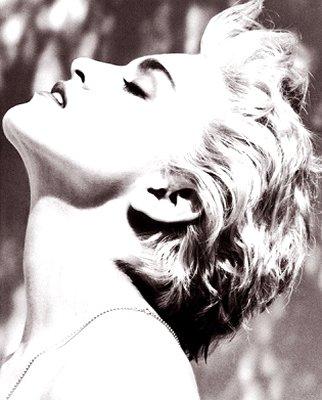 foto cantante madomna erotica: