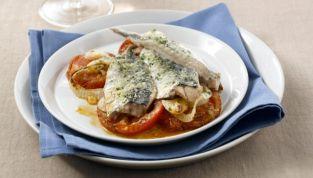 Sgombri alle olive e pomodoro