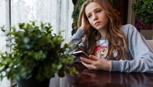 Il fidanzato non piace a mamma e papà: come dovrebbero comportarsi i genitori