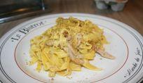Tagliatelle speck e pistacchi, un buonissimo piatto di pasta