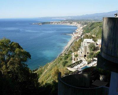 Taormina - La finestra sul mare taormina ...