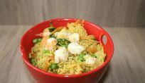 Riso basmati con verdure e gamberi, un piatto senza glutine