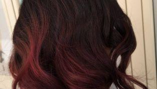 Cherry bombrè, e i capelli si tingono di rosso ciliegia