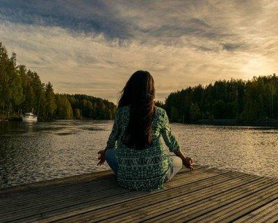 Meditazione Vipassana, benefici e principi
