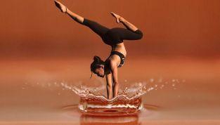 Yoga Red Velvet, la nuova disciplina lanciata da Madonna