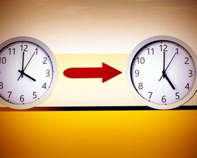 È tornata l'ora legale: un'ora in meno di sonno e... tanti disturbi