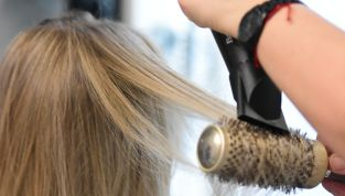 """Termoprotettore per capelli: un prezioso """"alleato"""" di bellezza"""