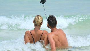 Sesso in vacanza? Meglio la tecnologia!