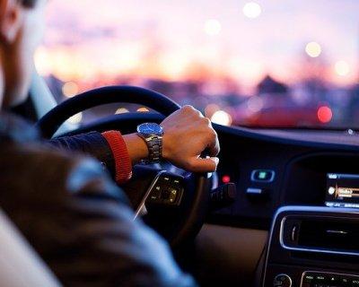 Paura di guidare: cosa si nasconde dietro questo timore?
