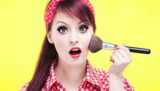 6 segreti per risparmiare tempo sul make up