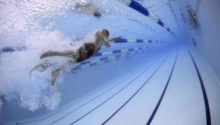 Nuoto, i benefici di questo sport
