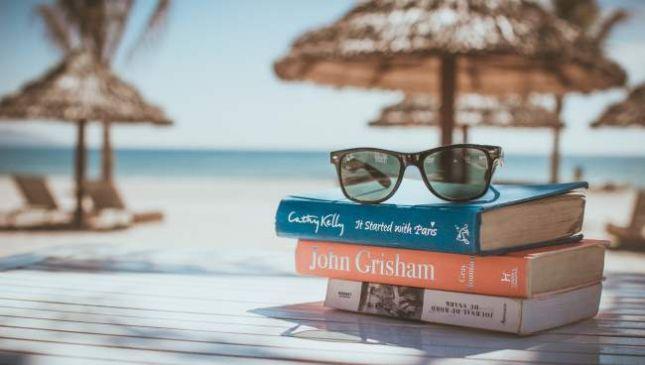 Libri da mettere in valigia per le vacanze estive 2017