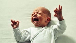 Sindrome del bambino scosso: rischi per la salute del neonato