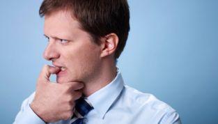 Uomini insicuri: 8 domande da farvi per riconoscerli