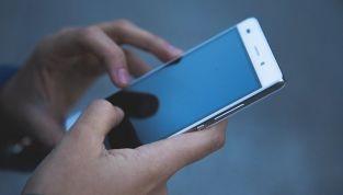 4 Consigli per smettere di fare stalking all'ex
