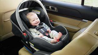 Approvata la legge sui seggiolini salva bebè