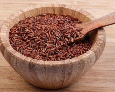 Riso rosso, proprietà e benefici di questo cereale