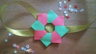 Il ring in origami, originale decorazione di Natale
