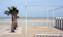 In spiaggia con la copertina: a Riccione è possibile