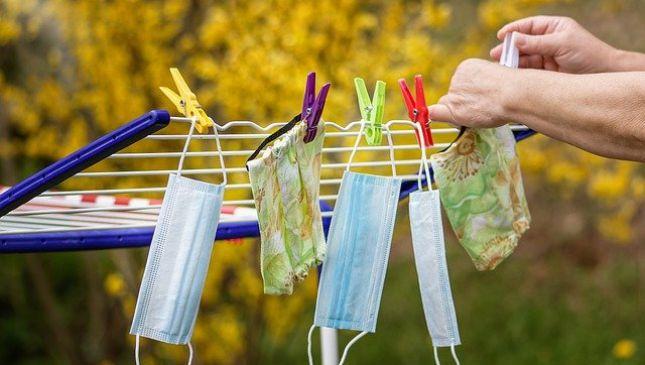 Come lavare le mascherine in tessuto