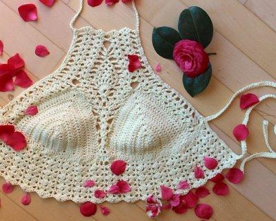 Moda crochet: l'abbigliamento all'uncinetto che ci ricorda il passato