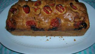 Plum cake ai pomodorini