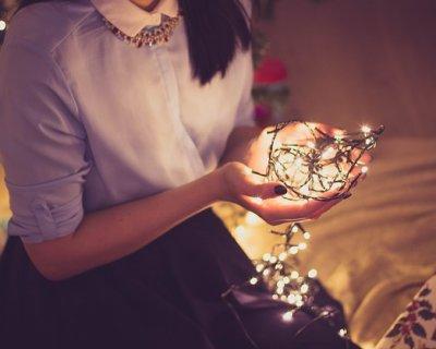 Frasi Di Natale Gossip Girl.Natale Da Soli Come Affrontare La Solitudine Nel Periodo Natalizio