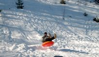 Snow Tube: sciare con le ciambelle