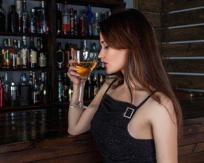 Donne e alcol