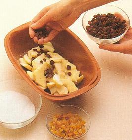 Chiodi di garofano in frutta cotta