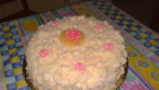Torta mimosa, il dolce simbolo della Festa della Donna