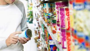 Sicurezza alimentare: chi difende i consumatori?