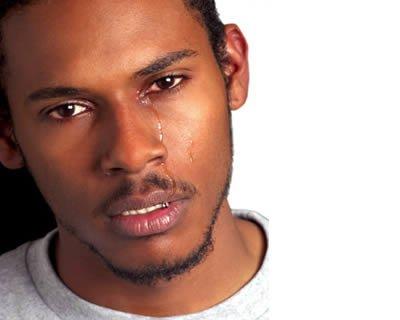 Gli uomini e il pianto