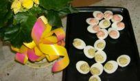Uova di Pasqua in fiore