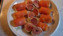 Involtini di salmone alla crema di formaggio