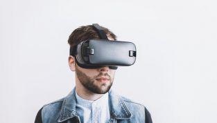 Casco 3D Sony HMZ-T1: per vivere esperienze straordinarie!