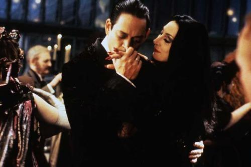 Trucco Halloween Morticia Addams videotutorial e consigli per un perfetto make up