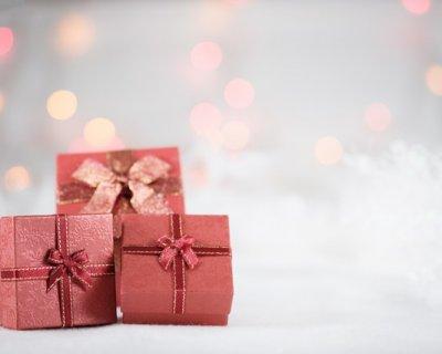 Profumi per Natale 2011: quali sono i migliori da regalare a una donna?